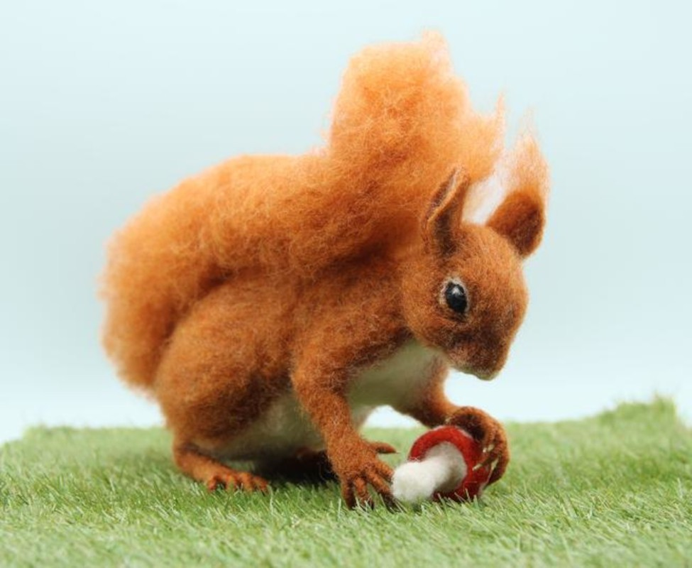 Solly Squirrel World of Wool Needle Felting Kit