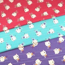 100% Cotton Fabric Winking Diva Kitty Cats Kitten Candy Stripe Line 150cm Wide