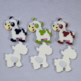 6 x Wooden Cows Black Green Brown Embellishments Craft Cardmaking Scrapbooking