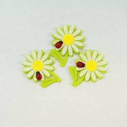 3 x Felt Dasies With Ladybird Embellishments Craft Cardmaking Scrapbooking