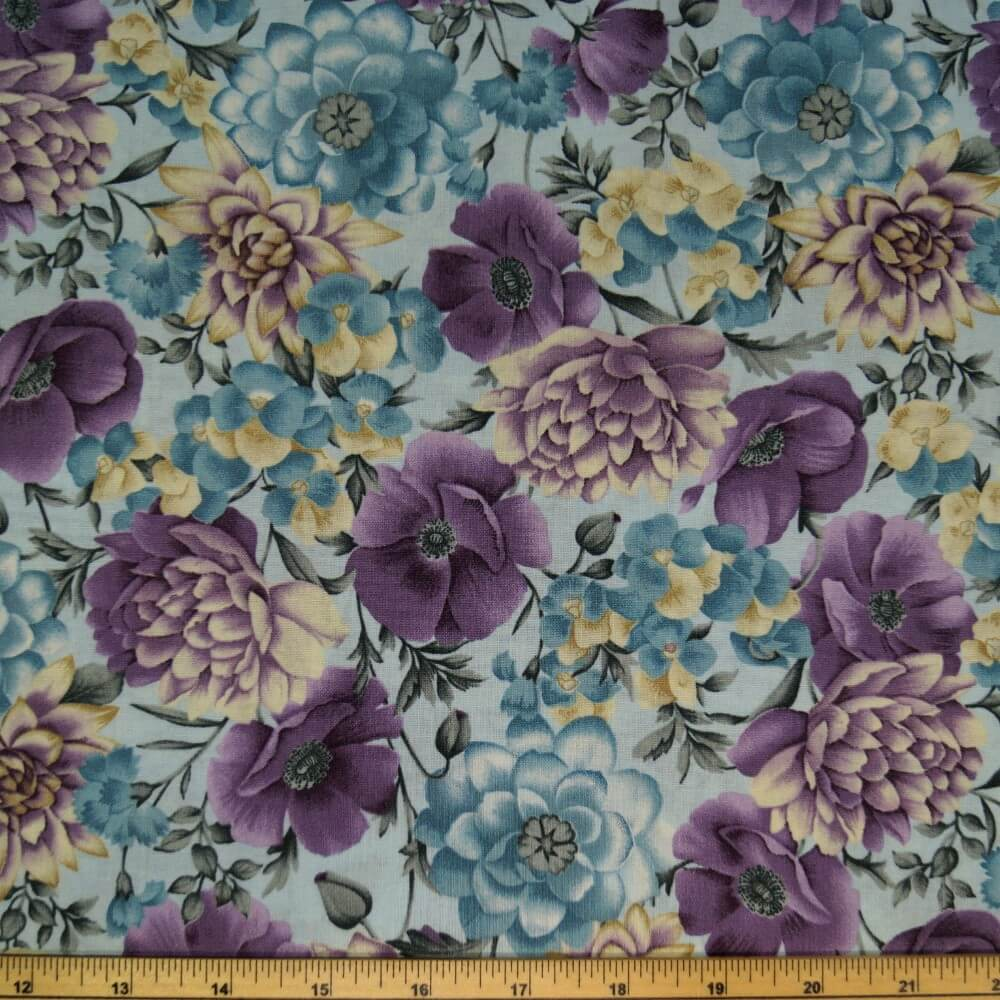 107 Blue & Purple Bunched Flowers