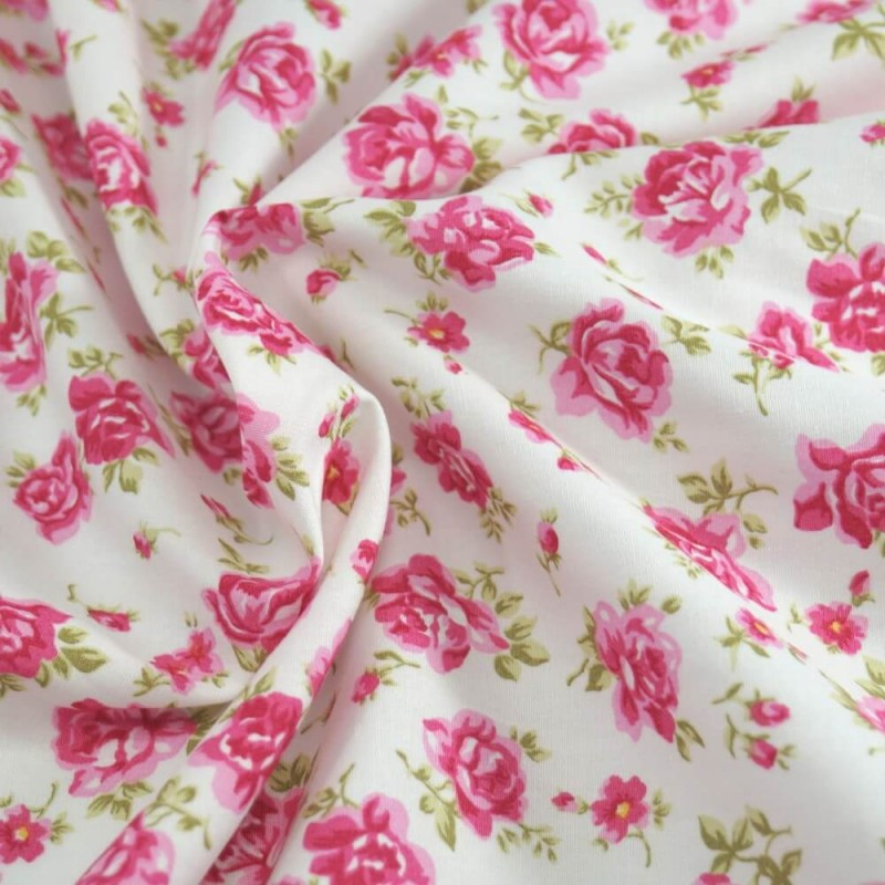 100/% Cotton Poplin Fabric Rose /& Hubble Roses Weaving Vines Floral Flower