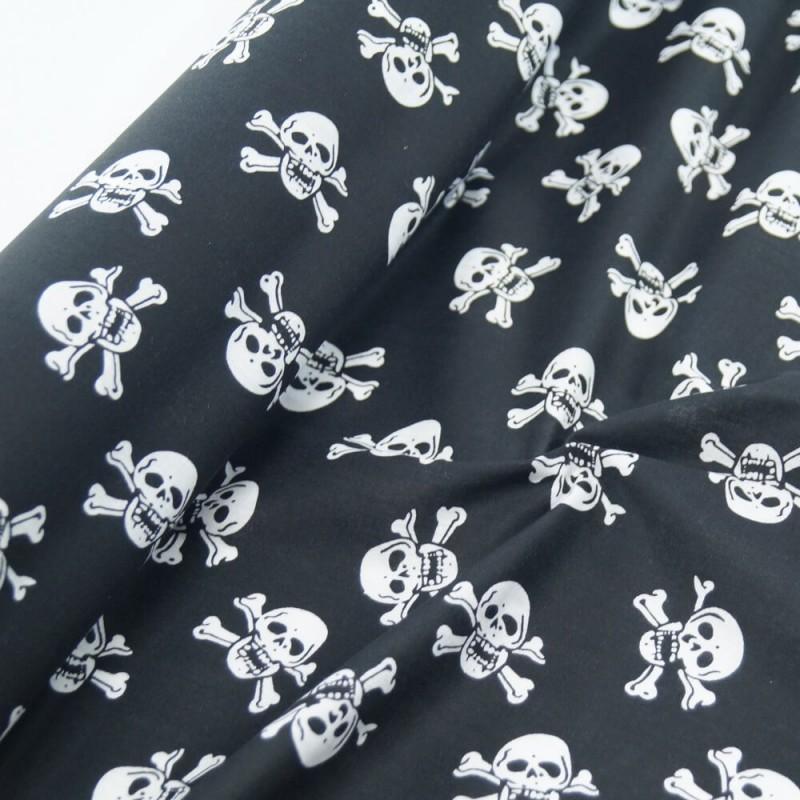 Polycotton Fabric Skull & Crossbones Black
