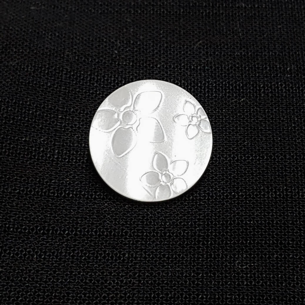 Engraved Flowers on Pearl White Shank Back Button Fastening 21mm Wide