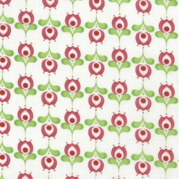 Col.103 100% Cotton Patchwork Fabric Nutex Sweet Fields Floral Shapes