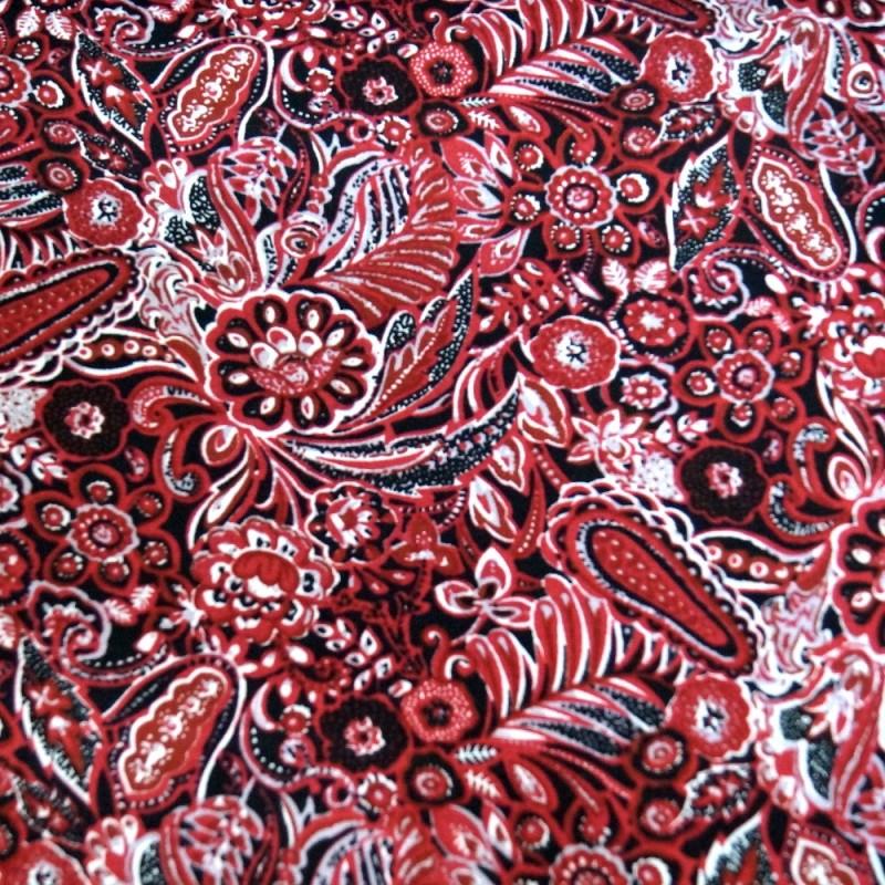 V1904 Red 100% Viscose Fabric Summer Dress Floral Flower & Paisley Floral Roses 140cm Wide