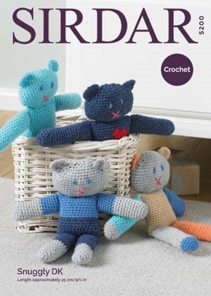 Sirdar Crochet Pattern 5200 Stuffed Teddy Bear Cuddly Toy Snuggly DK