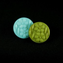 Pair Of Daisy Heads 20mm Acrylic Plastic Buttons